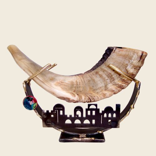 Shofars and Stands